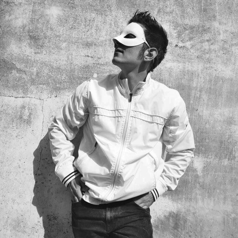 """Venerdì 26 marzo è uscito in radio e in digitale """"EXTREME GOD SINGER"""", il nuovo singolo di Luky Black"""